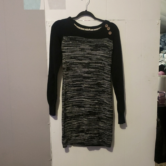 Roxy sweater dress size medium